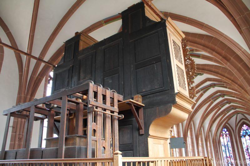lambrecht-protestantische-kirche-orgelrueckseite