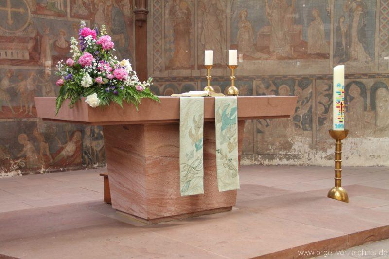 lambrecht-protestantische-kirche-volksaltar