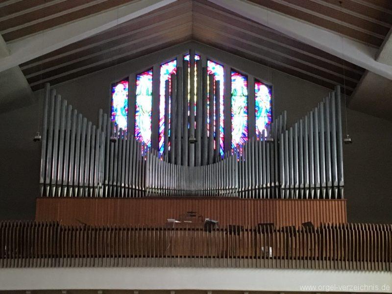 wattens-neue-pfarrkirche-mariae-empfaengnis-10-orgel