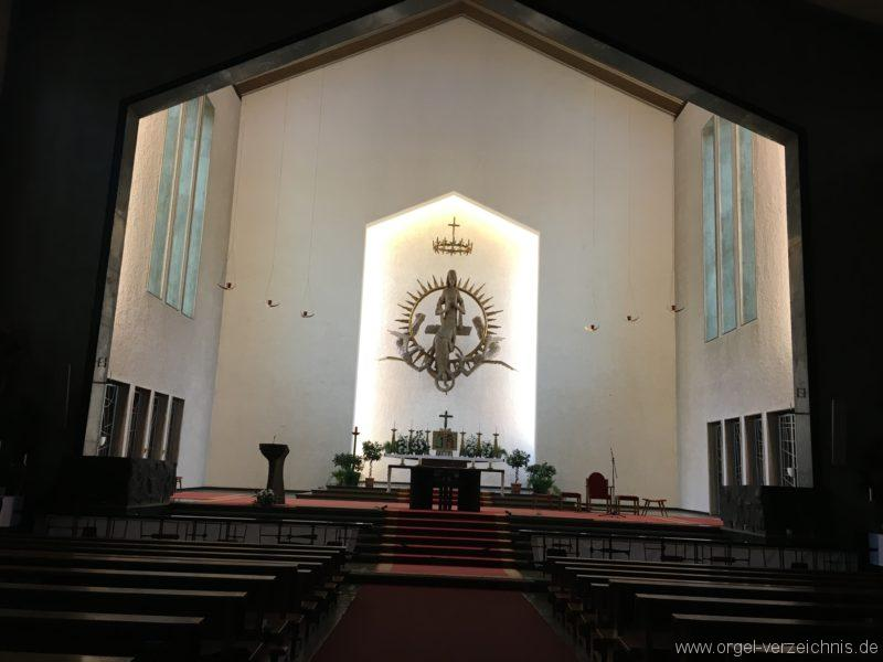 wattens-neue-pfarrkirche-mariae-empfaengnis-3