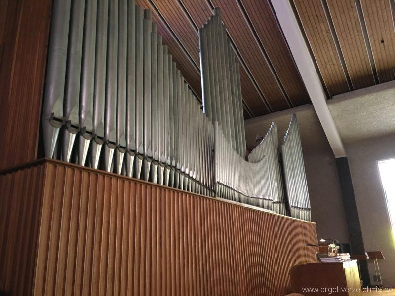 wattens-neue-pfarrkirche-mariae-empfaengnis-30-orgel