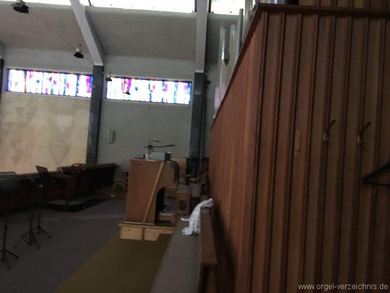 wattens-neue-pfarrkirche-mariae-empfaengnis-46-orgel