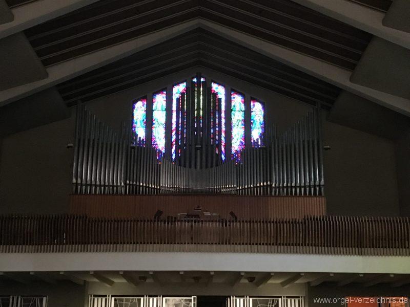 wattens-neue-pfarrkirche-mariae-empfaengnis-6-orgel