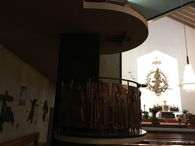 wattens-neue-pfarrkirche-mariae-empfaengnis-70