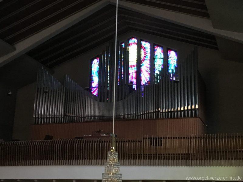wattens-neue-pfarrkirche-mariae-empfaengnis-8-orgel