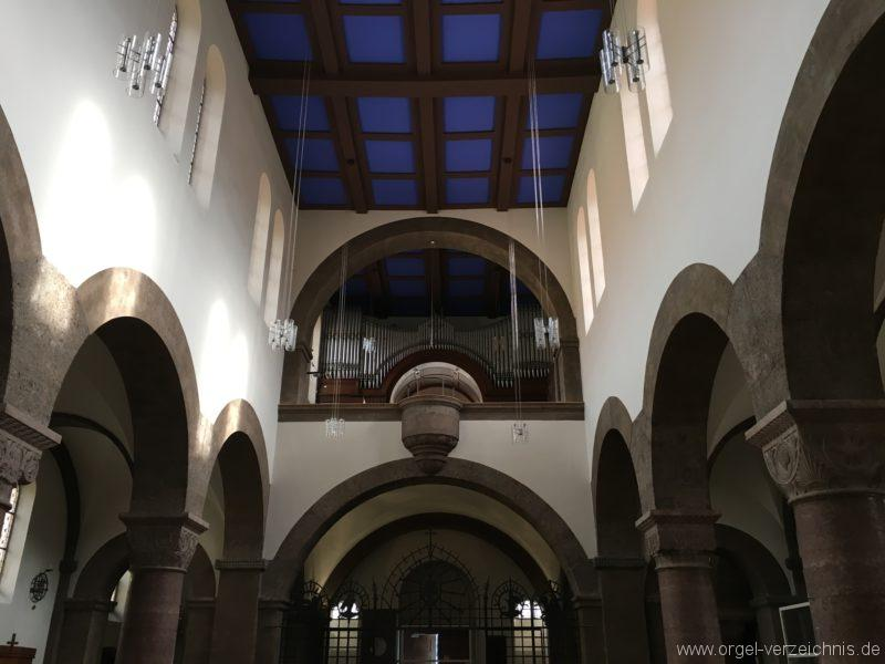 Innsbruck-Pradl A - Pfarrkirche Mariae Empfängnis - Orgel (9)