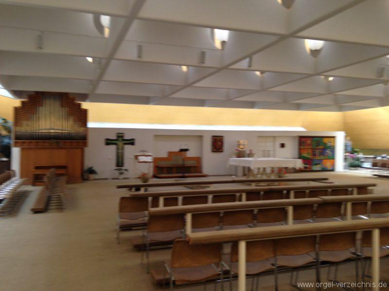 Innsbruck-Pradl-Süd - Pfarrkirche St. Norbert (3)