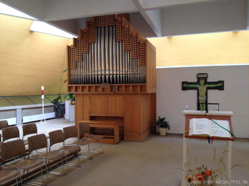 Innsbruck-Pradl-Süd - Pfarrkirche St. Norbert (6)