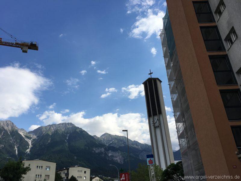 Innsbruck-Reichenau A - Pfarrkirche St. Paulus - Orgel - Spieltisch (11)
