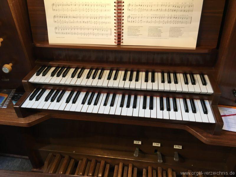 Innsbruck-Reichenau A - Pfarrkirche St. Paulus - Orgel - Spieltisch (19)