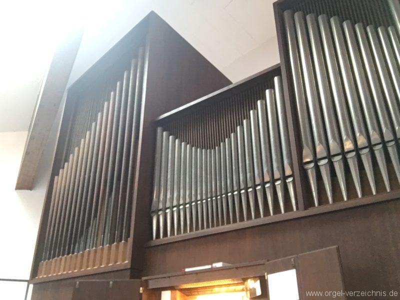 Innsbruck-Reichenau A - Pfarrkirche St. Paulus - Orgel - Spieltisch (25)
