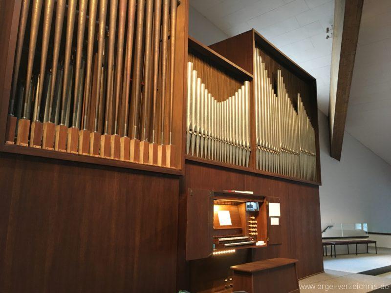 Innsbruck-Reichenau A - Pfarrkirche St. Paulus - Orgel - Spieltisch (6)