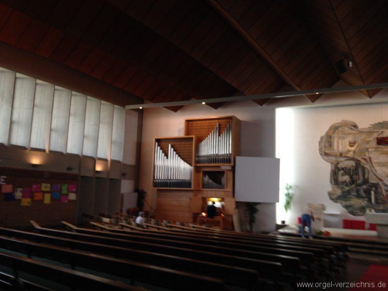 Innsbruck-Saggen - Pfarrkirche Mariä Empfängnis - Orgel (2)