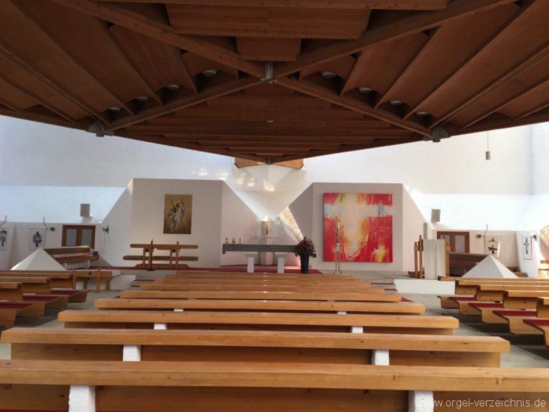 Völs - Neue Pfarrkirche unser Herr Jesus Christus in Emmaus (2)
