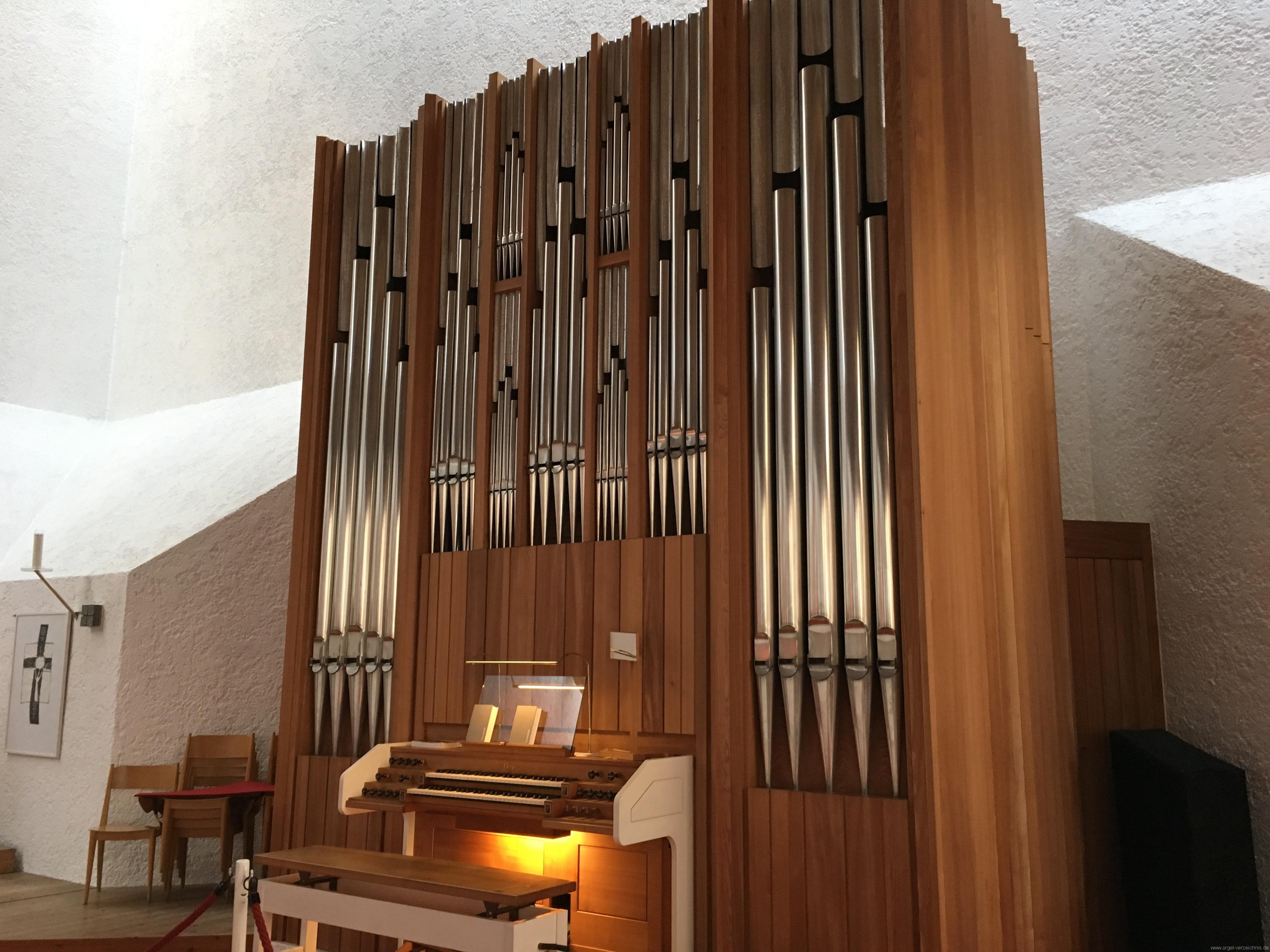 Völs - Neue Pfarrkirche unser Herr Jesus Christus in Emmaus (21)