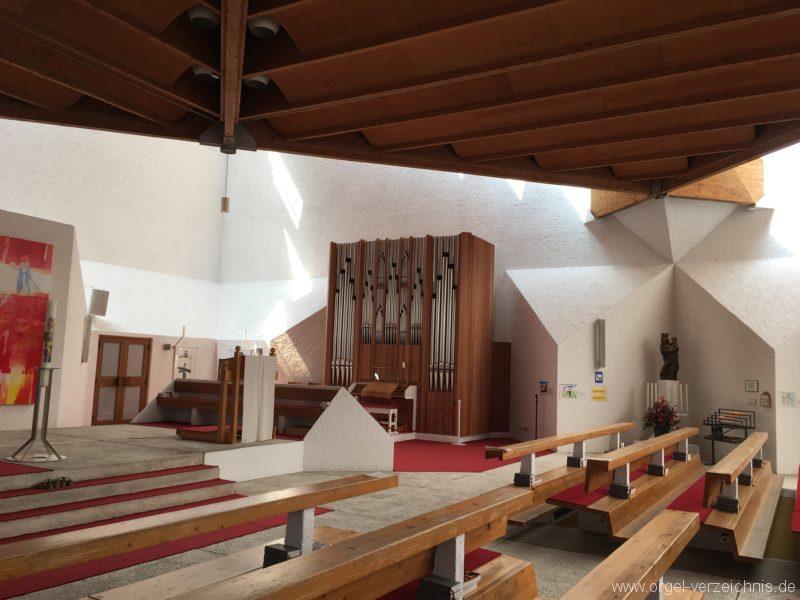 Völs - Neue Pfarrkirche unser Herr Jesus Christus in Emmaus (4)