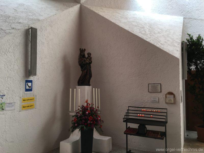 Völs - Neue Pfarrkirche unser Herr Jesus Christus in Emmaus (5)