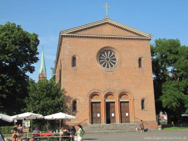 Berlin Wedding Alte Nazarethkirche Aussenansicht I