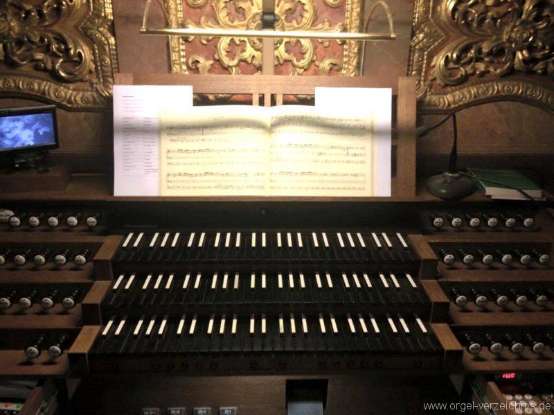 Andechs Wallfahrtskirche St. Nikolaus und Elisabeth Spieltisch I