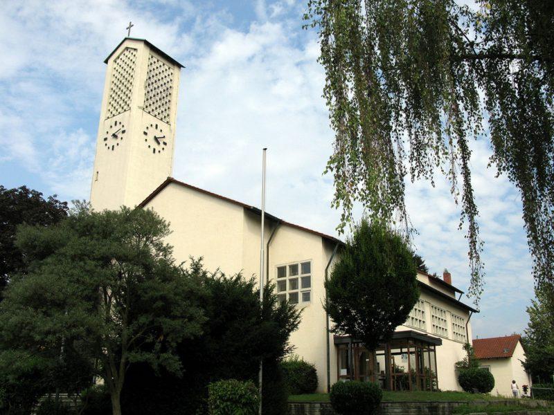 Gundelfingen Bruder Klaus Kirche Aussenansicht I