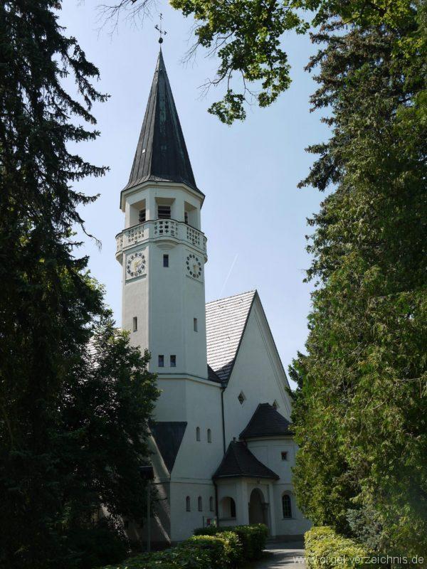 Zeuthen Martin Luther Kirche Aussenansicht III