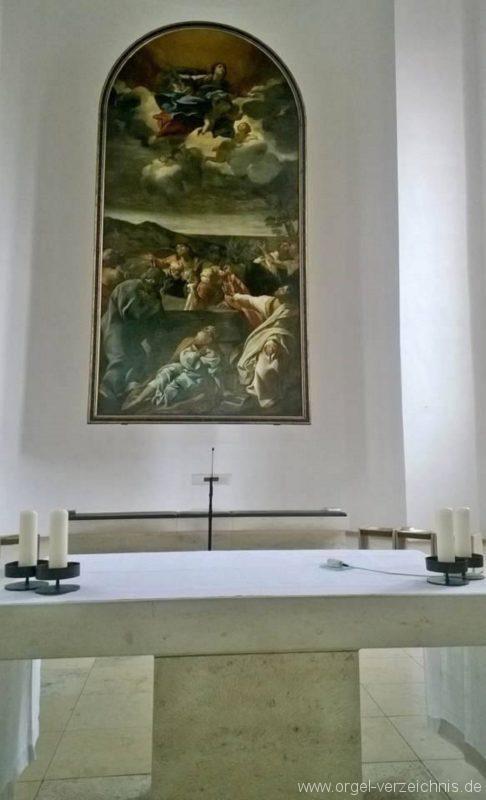 München Nymphenburg Christ-König Altarraum II