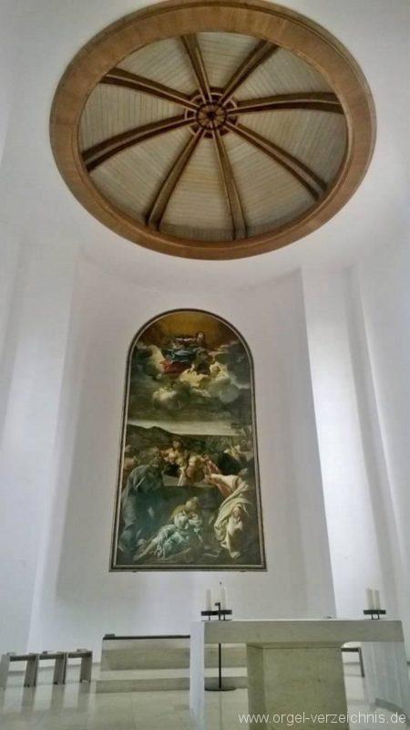 München Nymphenburg Christ-König Altarraum III