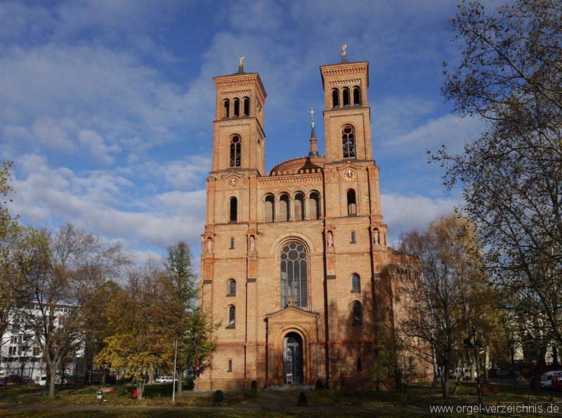 Berlin Kreuzberg St. Thomas Aussenansicht I