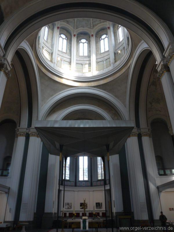Berlin Kreuzberg St. Thomas Innenansicht II