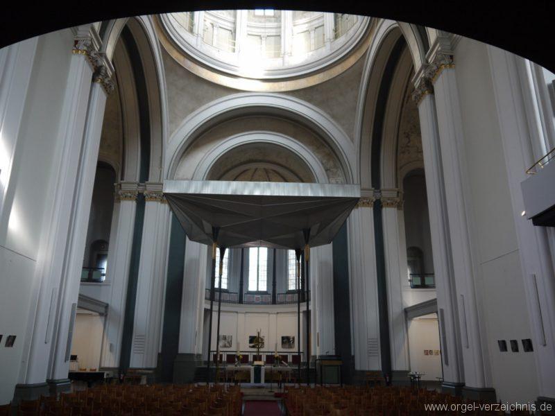 Berlin Kreuzberg St. Thomas Innenansicht VI