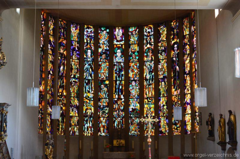 Albstadt Margrethausen St. Margareta Chorfenster I