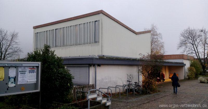 Kirchzarten Heilig Geist Kirche Aussenansicht I