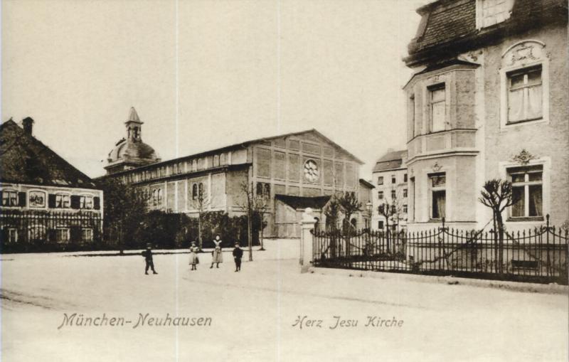 München Herz Jesu Aussenansicht Alte Kirche I